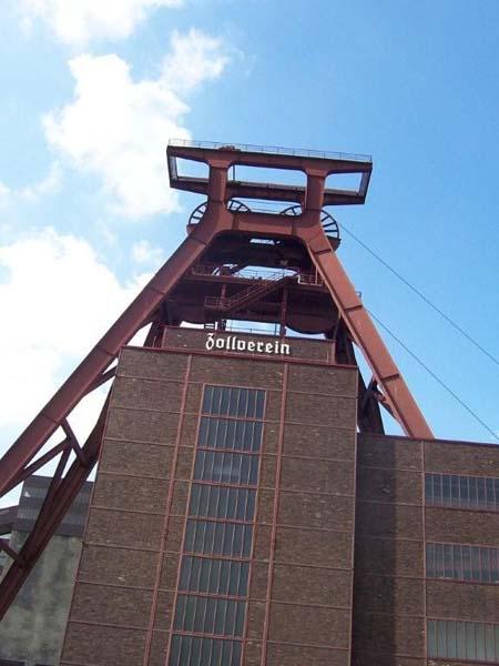Förderturm Zeche Zollverein