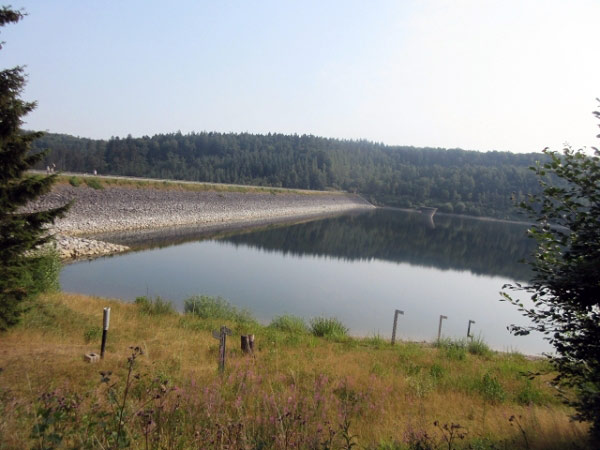 Staudamm Aabachtalsperre