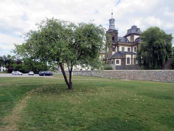 Almeauen-Park und Jesuitenkirche