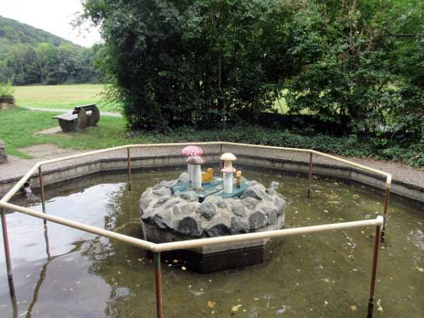 Wassertretbecken