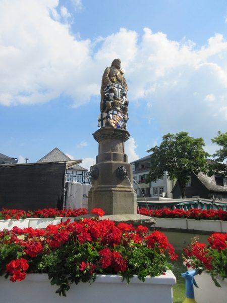 Petrusbrunnen Markt