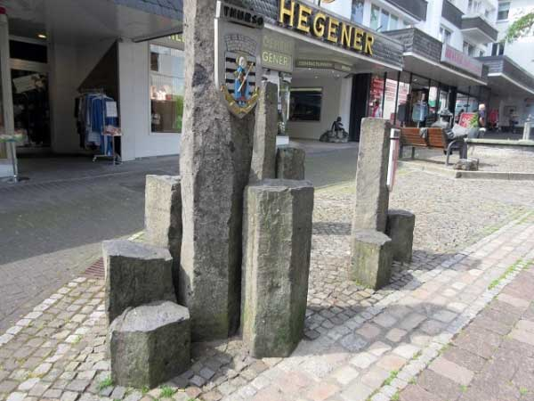 Basaltsäulen Zentrum