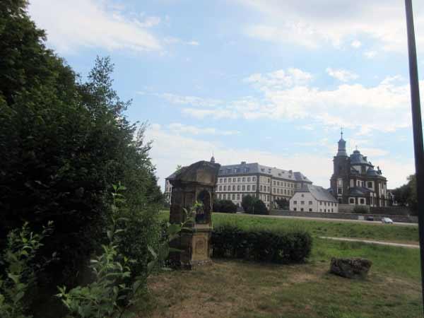 Gymnasium und Jesuitenkirche