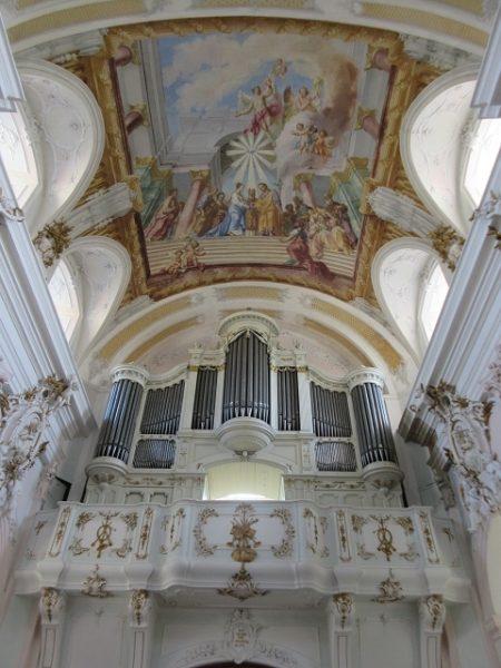 Orgel, Stuck und Decken-Gemälde