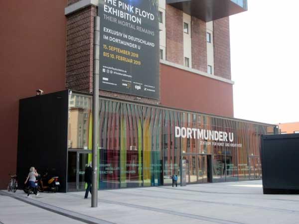 Eingang Kunstausstellungen, Dortmunder U