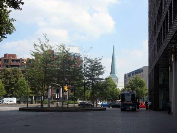 Blick zur Petrikirche am Westenhellweg