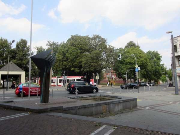 Wilhelmsplatz mit Brunnen