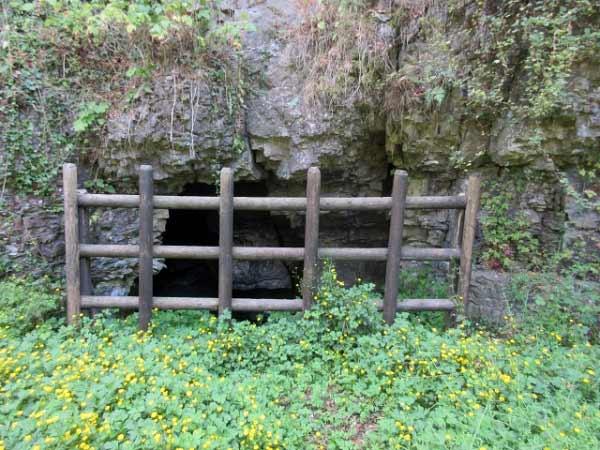 Drakenhöhlen Eingänge verschlossen