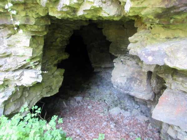 Höhleneingang Drakenhöhlen