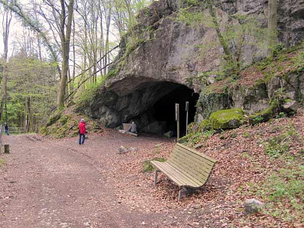 Feldhofhöhle Haupteingang