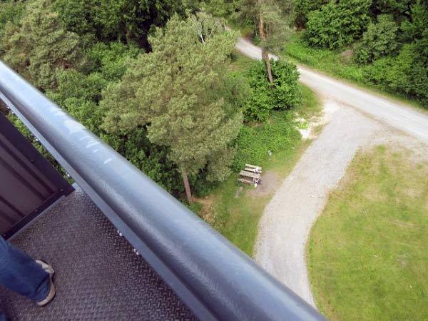 Feuerwachtturm Rennberg - Blick nach unten