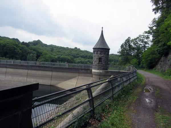 Türmchen - Turm auf der Staumauer