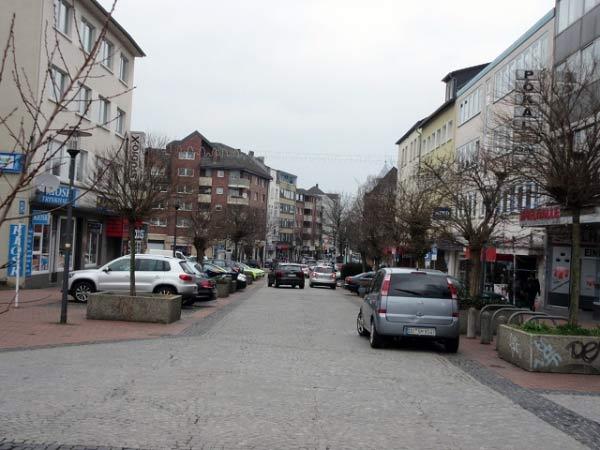 Der Blick zurück zum Steinplatz.