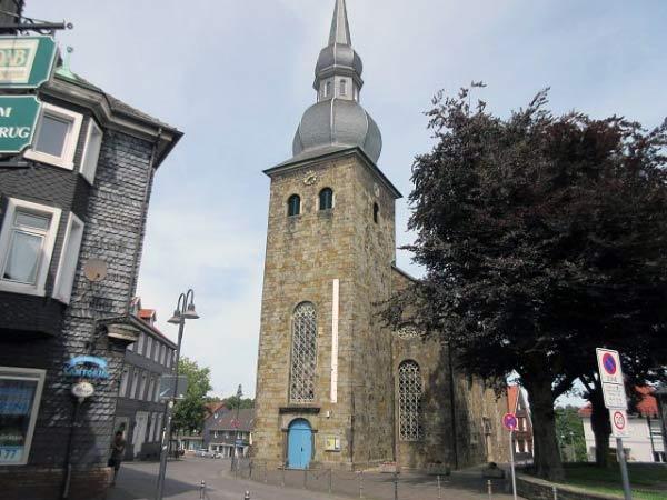 Kirche im Zentrum von Niedersprockhövel