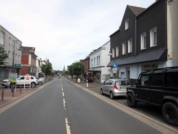 Niedersprockhövel, lange Hauptstraße