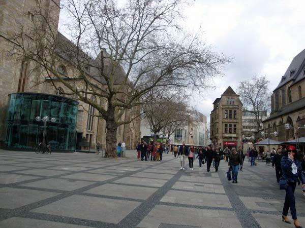 Vorplatz Reinoldikirche Ostenhellweg