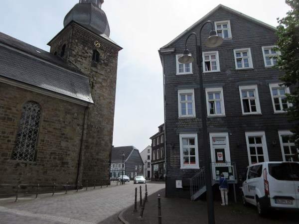 Sprockhövel - Schieferhaus - Kirche