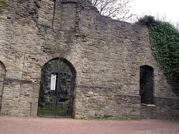 das Innere der Burg Wetter